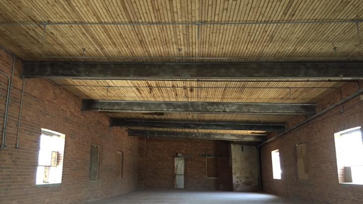 Sandblast, plafond de bois,Structure d'acier